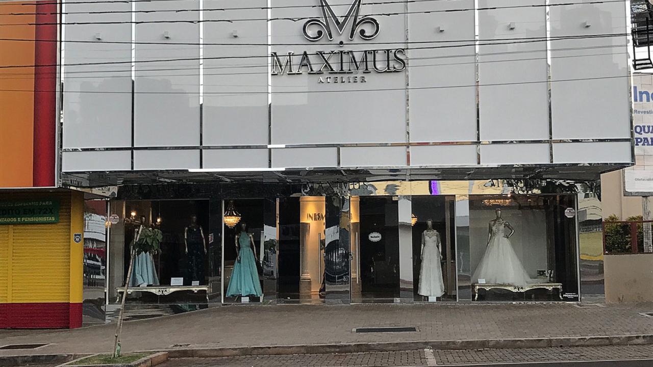 Fachada da Maximus